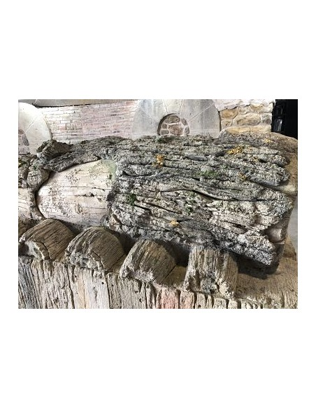 Mold to make artificial log